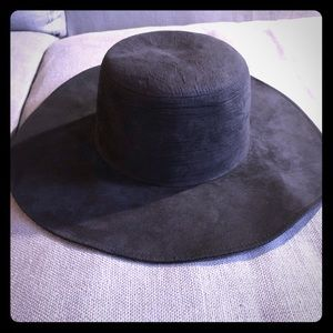 Phase 3 black floppy hat